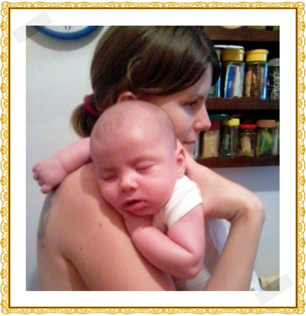 - Ármin újszülött korában  és a család